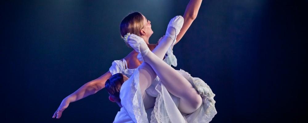 Artyści Baletu Teatru Muzycznego w Lublinie podczas Gali Operetkowej w trakcie Festiwalu Jana Kiepury w Krynicy-Zdrój