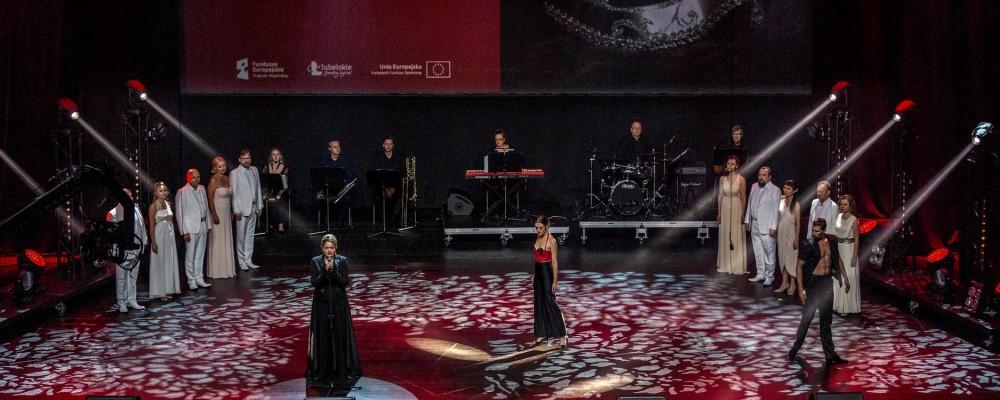 """18 września w Centrum Spotkania Kultur artyści Teatru Muzycznego w Lublinie wystąpili podczas gali """"Lubelskie dla Medyków"""""""